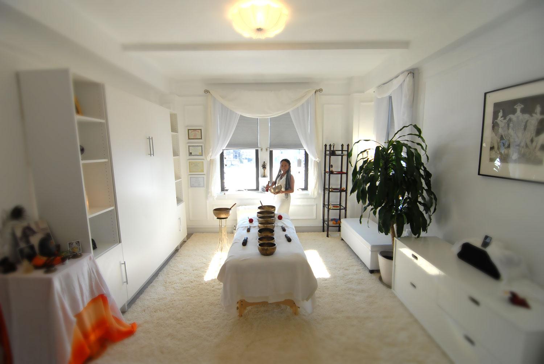 Abby-in-Office.1500web.jpg