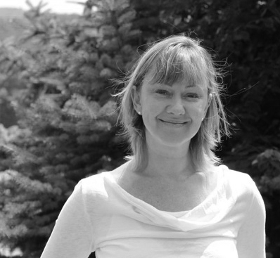 Mary Friedman Ryan , MSC, PHD, DIP. CHM  Traditional Chinese Herbalists, Founder of Blue Dragon Apothecary