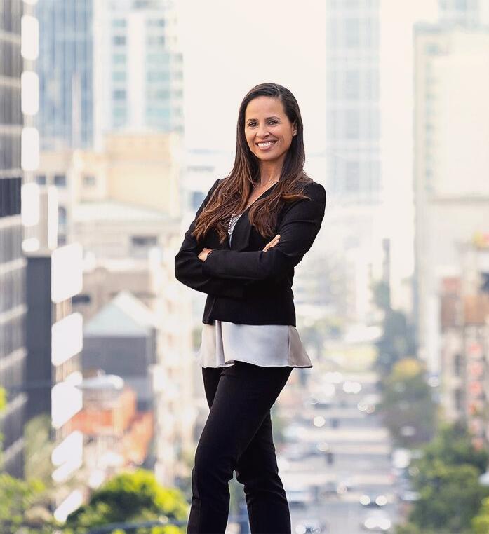 Juliana    Financial Controller
