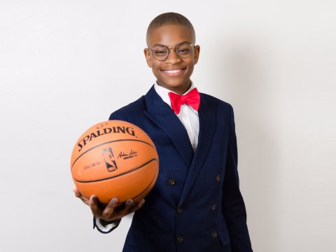 15-Year-Old Mo's Bows Founder Enters Business Partnership With One of the Biggest Franchises in the World -- The National Basketball Association