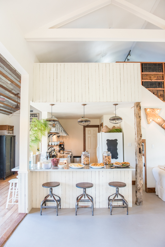 ROUND TOP HOLIDAY HOME TOUR, THE VINTAGE ROUND TOP