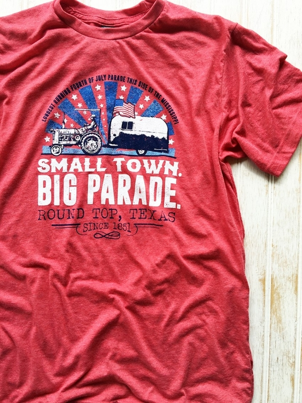 4TH OF JULY TEE, THE VINTAGE ROUND TOP