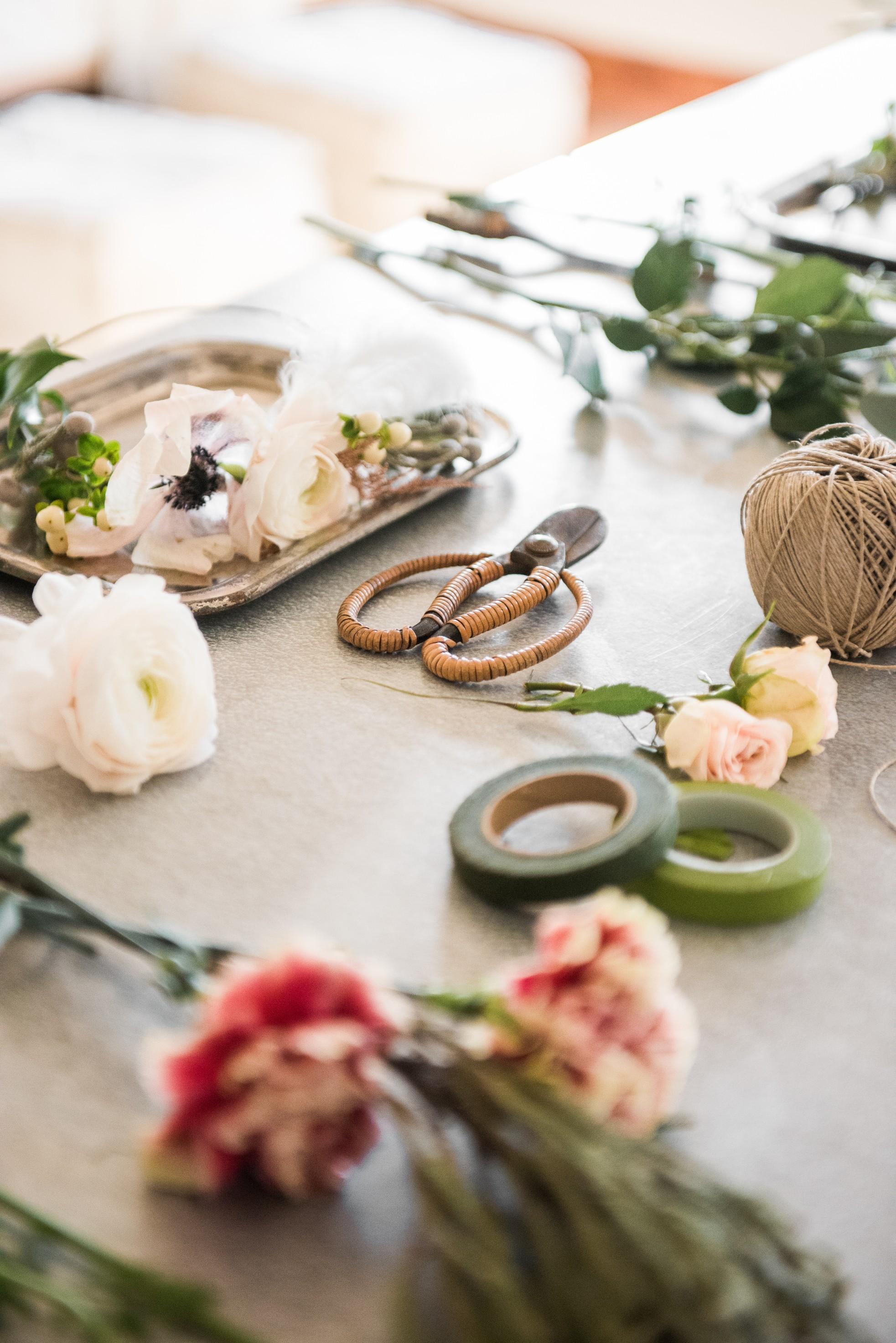 Curious Details prop styling. Tablescape. Paige's blog. Floral arrangement