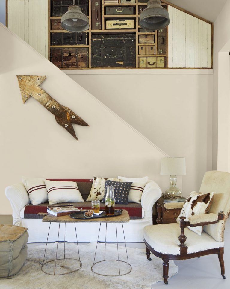 Our favorite shade of warm white: Martha Stewart Living's 'Pip,' photographed by Max Kim-Bee for  Country Living.