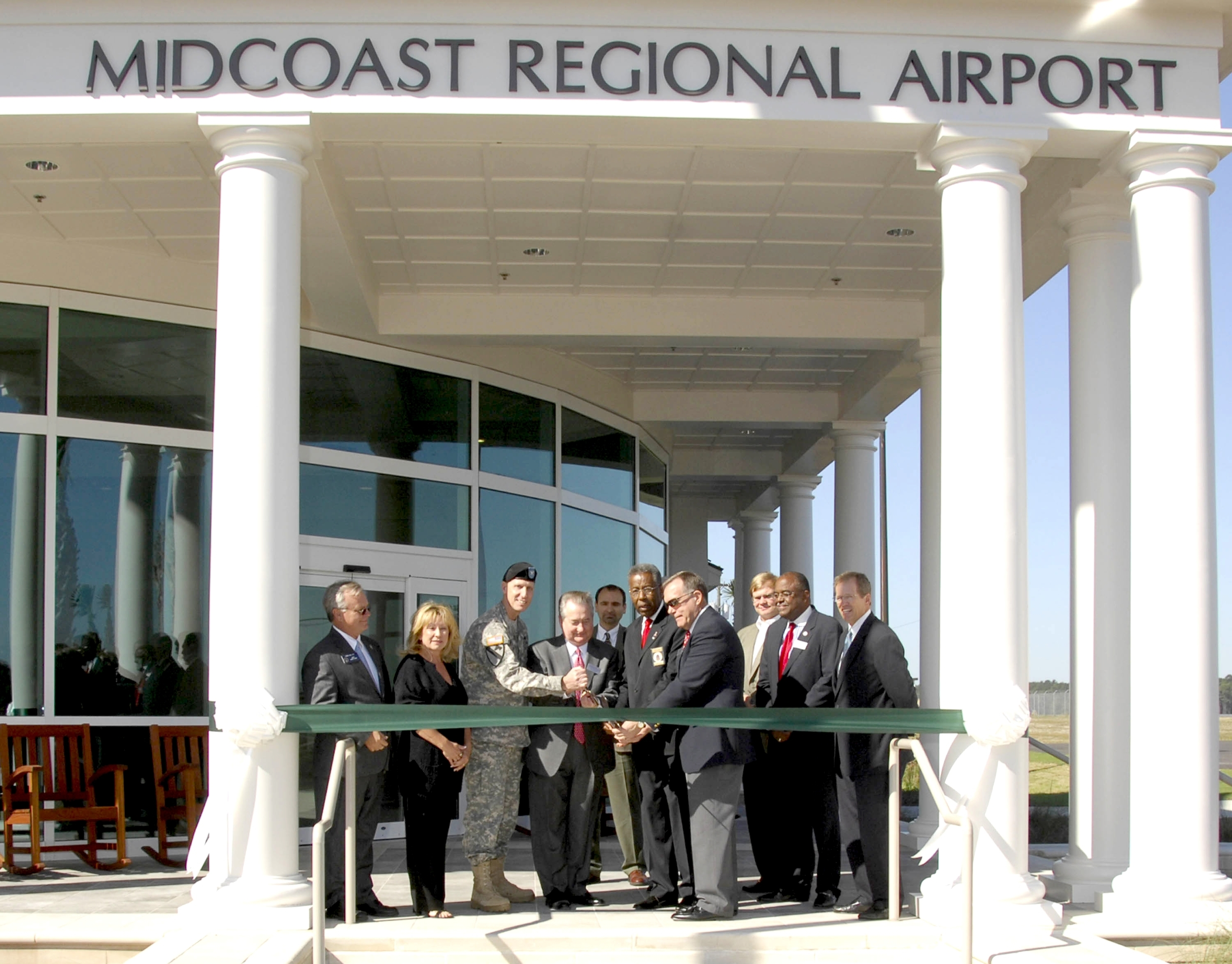 Mid-Coast Regional Airport  Ribbon Cutting