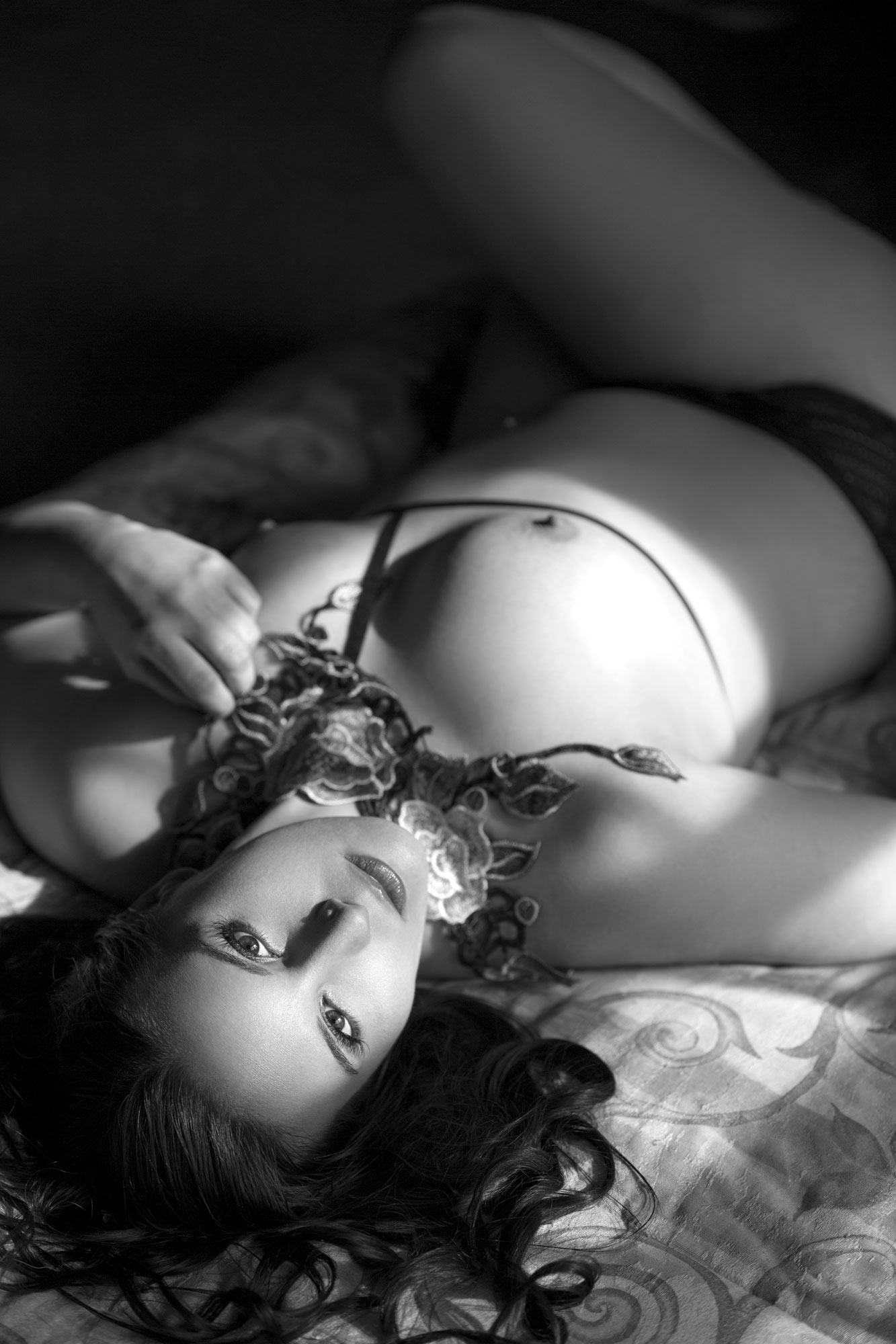 11Jason-Guy-_-Boudoir-Photographer-bw.jpg