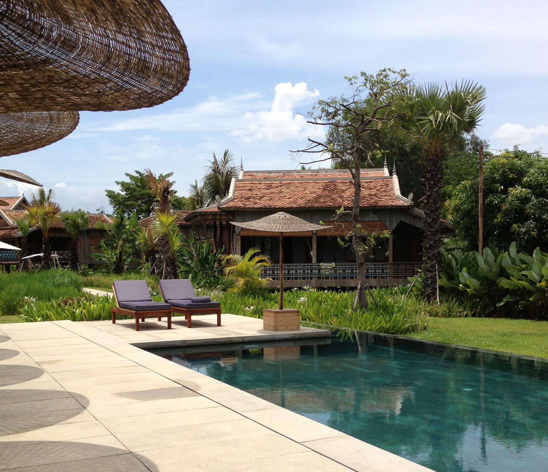 Sala Lodges pool area