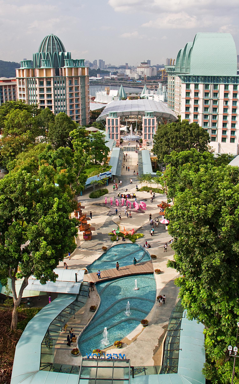 Merlion plaza 1.jpg
