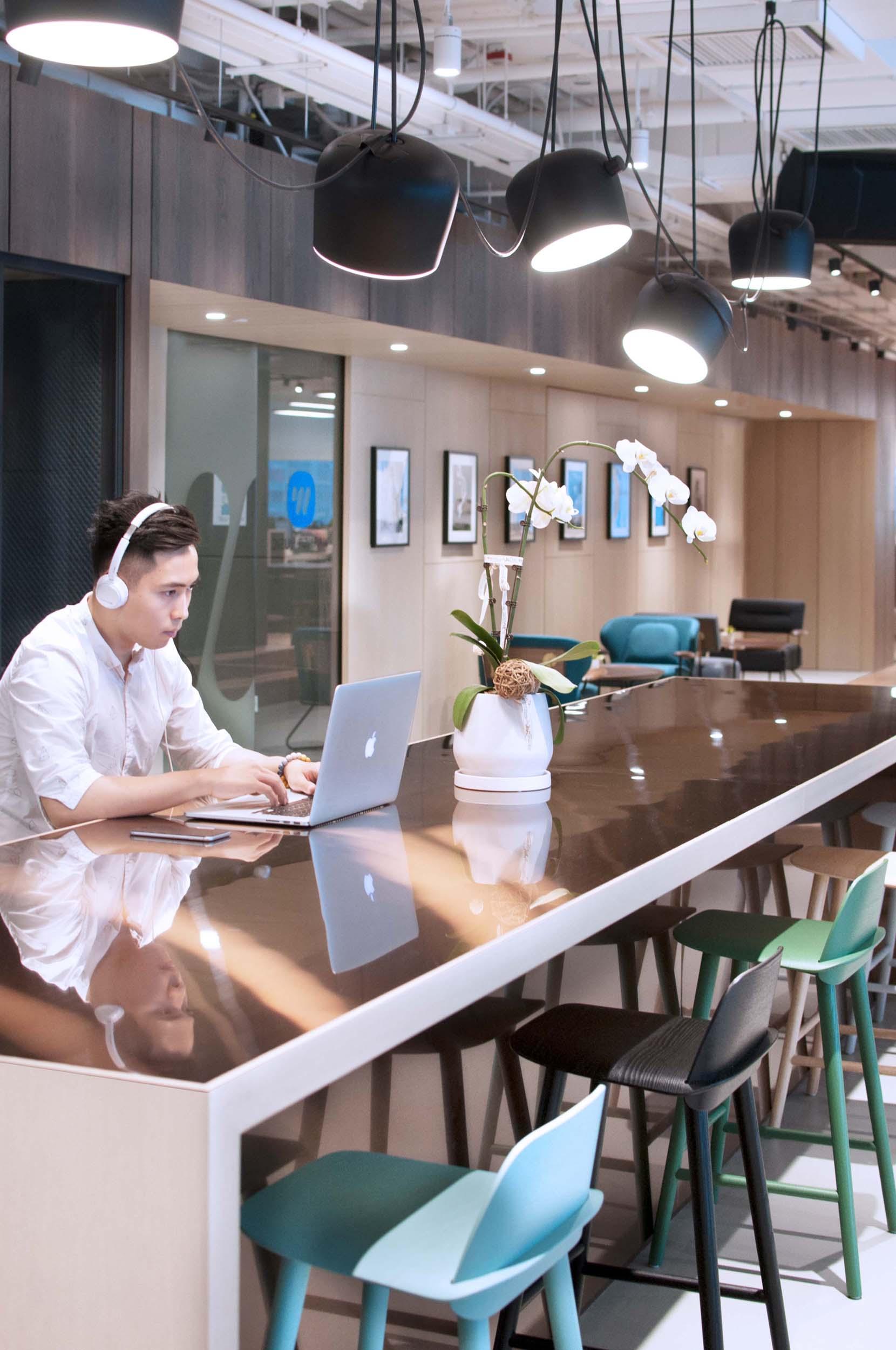 07_Bean Buro_Office Workplace_Kwung Tong_Warner Music Hong Kong.jpg