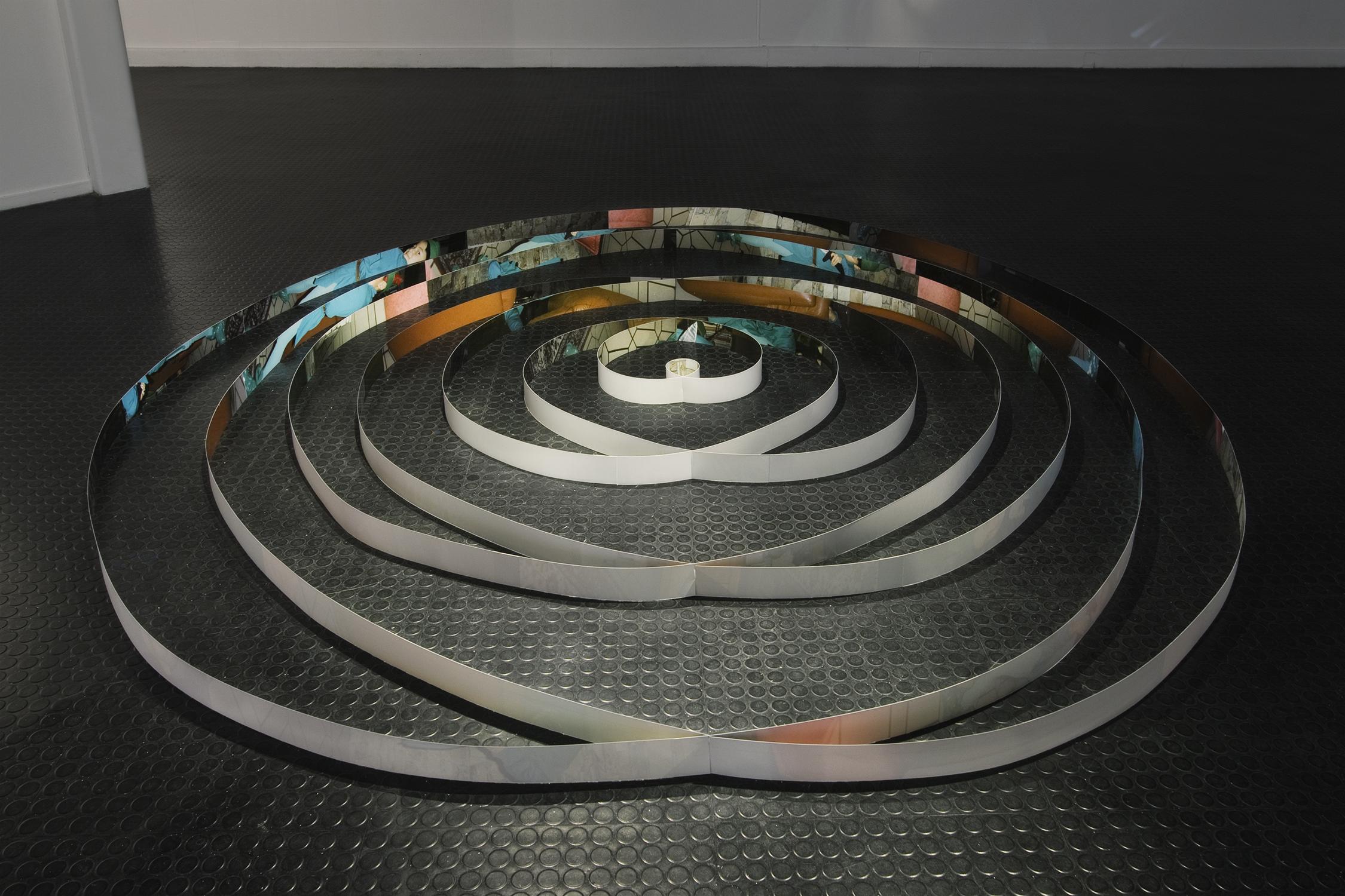 Truc-Anh_2010_Galerie-Le-Lieu_Pan-Peter_10