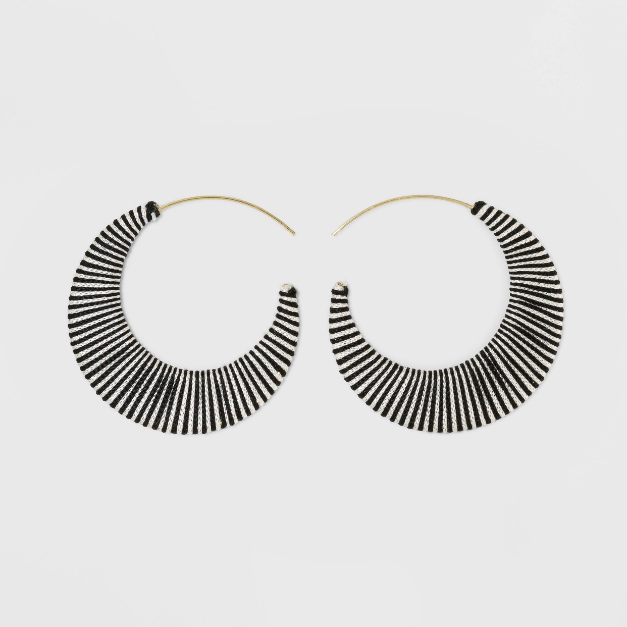 - Little cuties! I think these will be my go to earrings for weddings this season!Find them here.