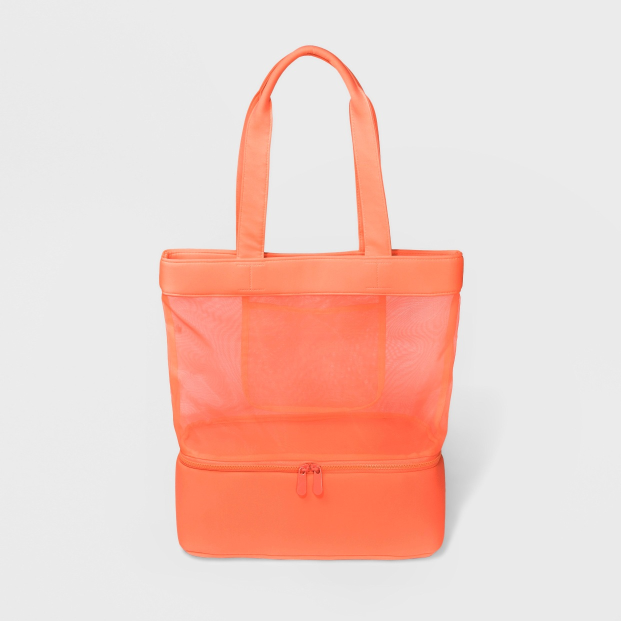 - This bag is light, fits a ton of stuff, and I'm loving that bottom com compartment!Find it here.