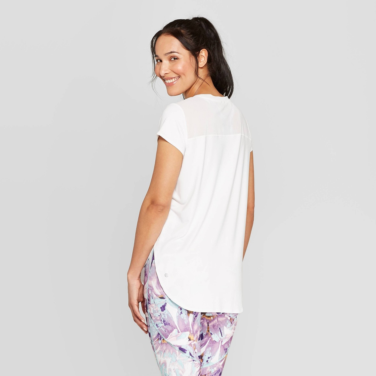 - For someone who's large chested I love this top. The longer hem is an added bonus. So now I just need to start working out. Hah.Find it here.