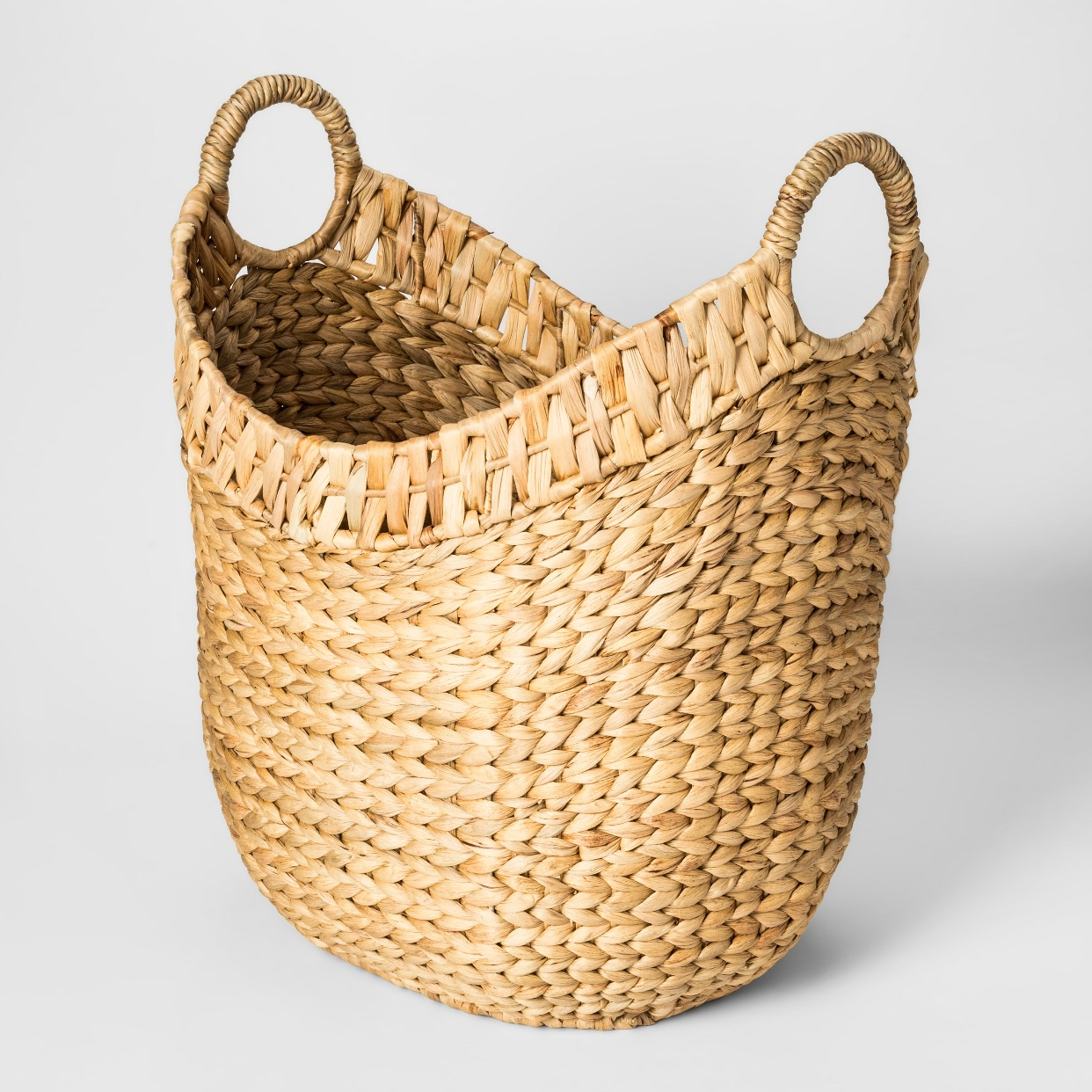 - Another new addition to our family room. We use it to store throw blankets and pillows.Find it here.