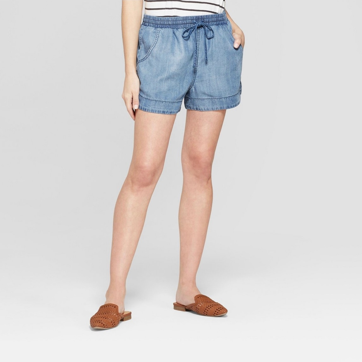 - I'm loving this lightweight shorts this summer!Find them here.