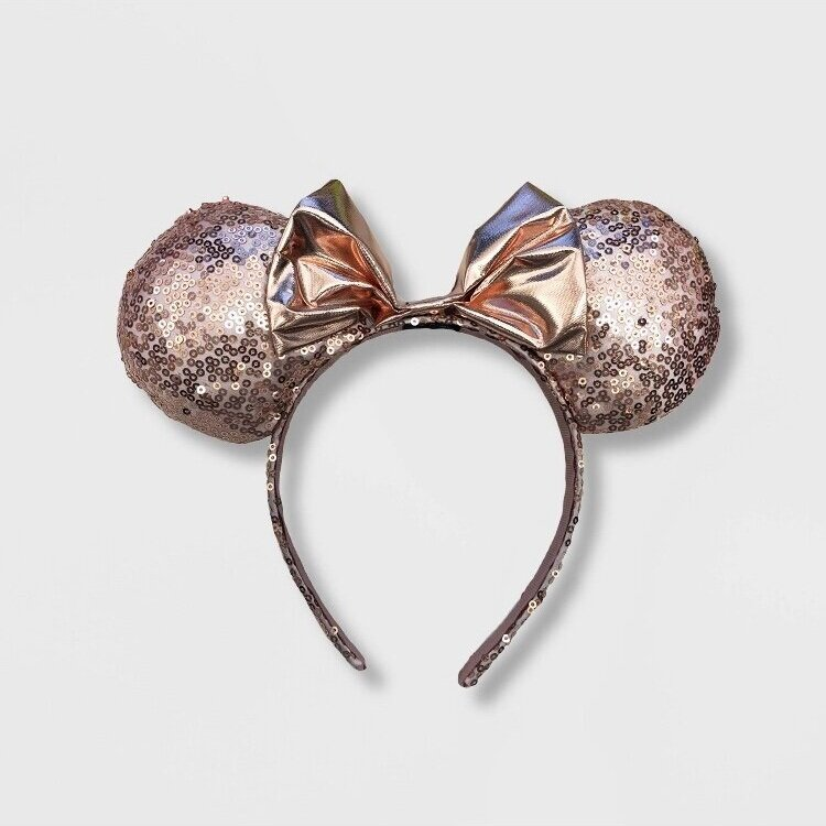 - So cute and less than $10! I'm really loving the trend of really pretty and fun mouse ears this year!Find them here.
