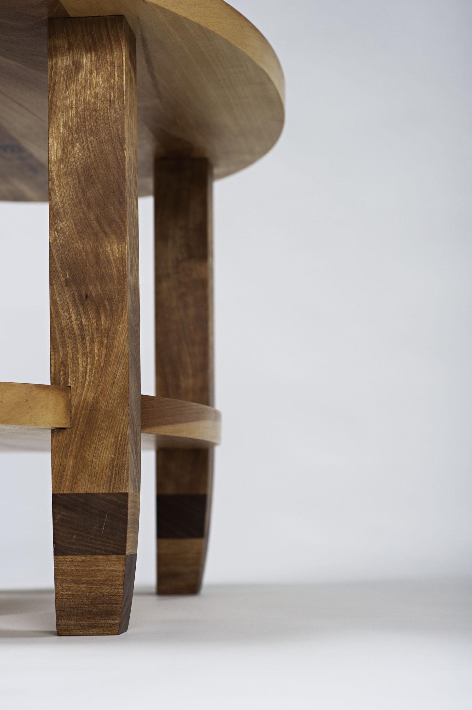 04_leg detail 01.jpg