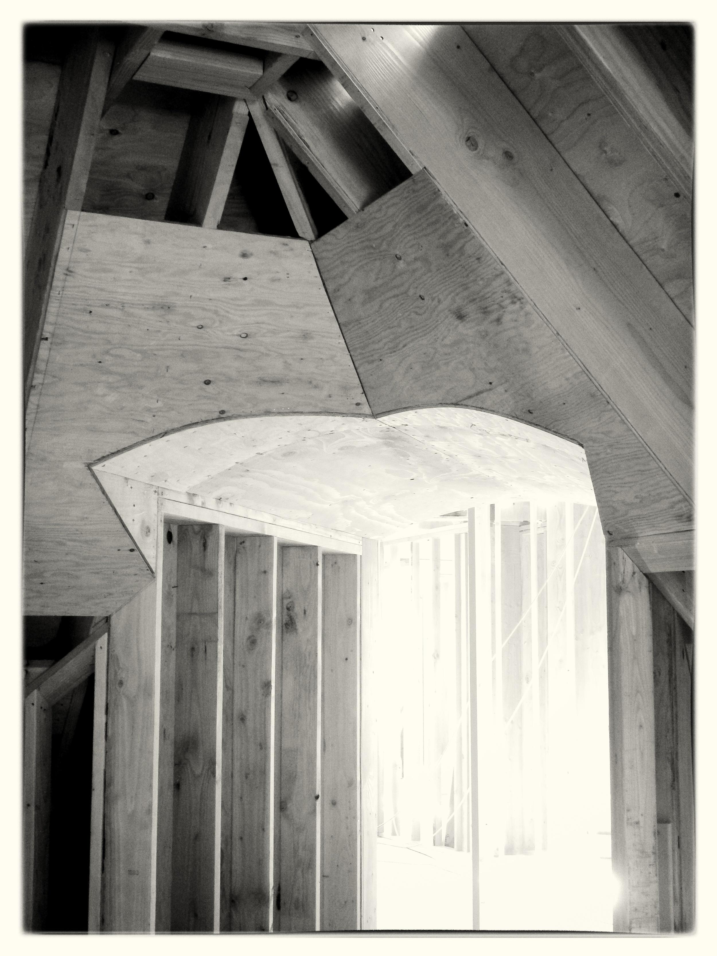 Arched Roof Soffit Through Hip - Oregon City