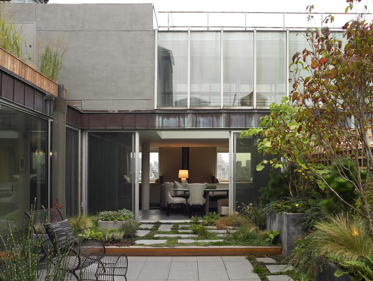 Garden4 v2.jpg