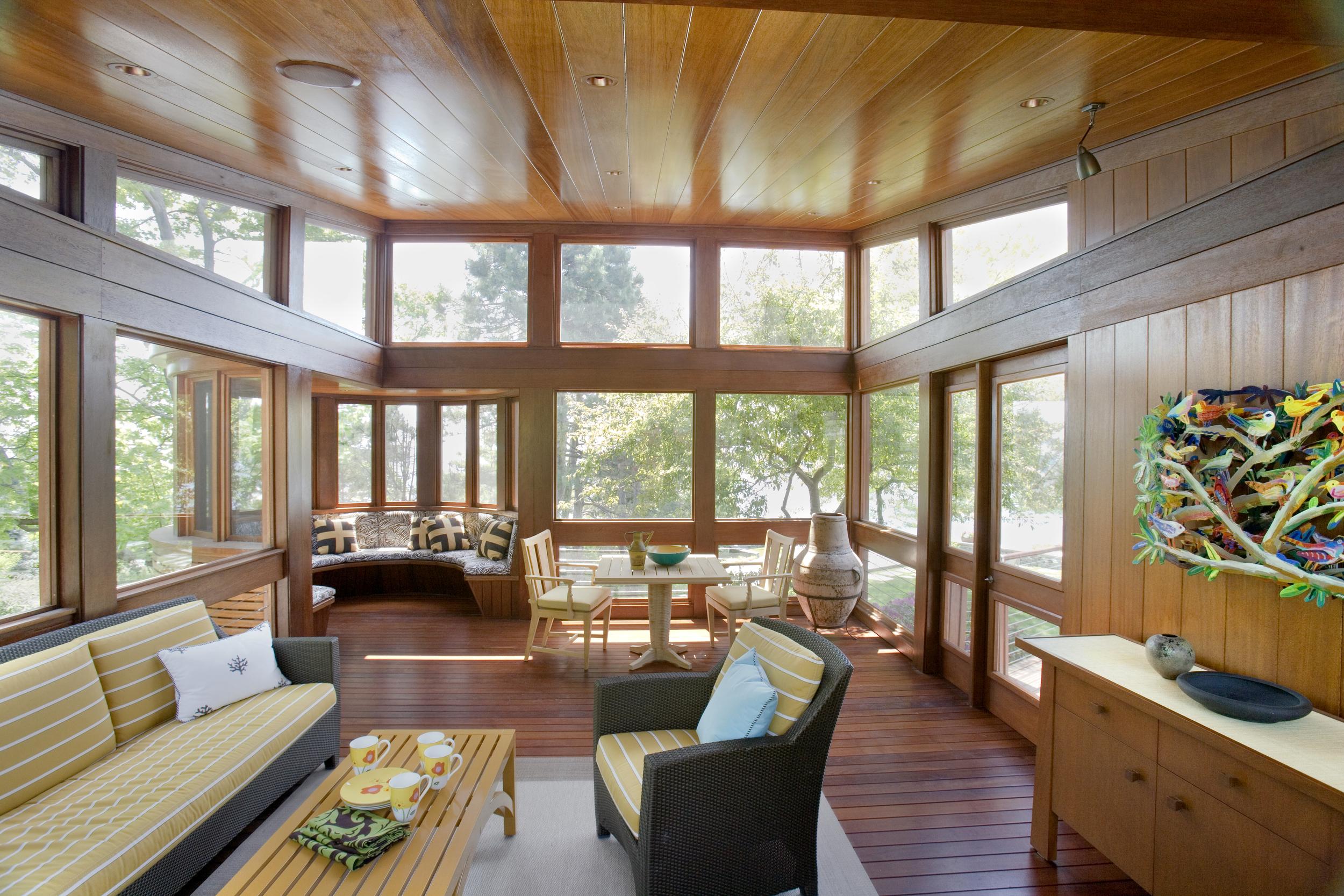 Schwartz 5 07 Livingroom Area.jpg