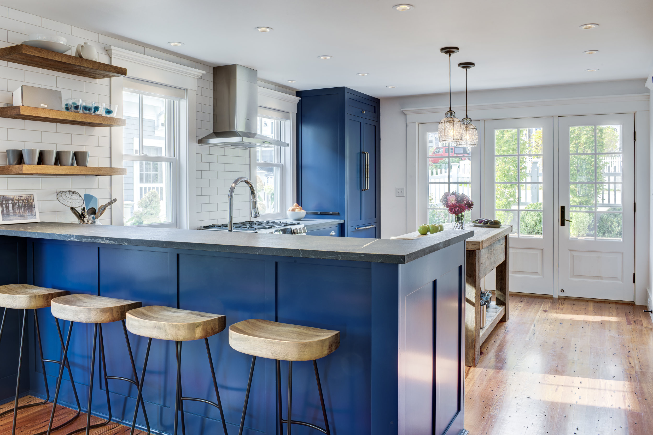 4-414 Commercial St Ptown_Kitchen 2.jpg