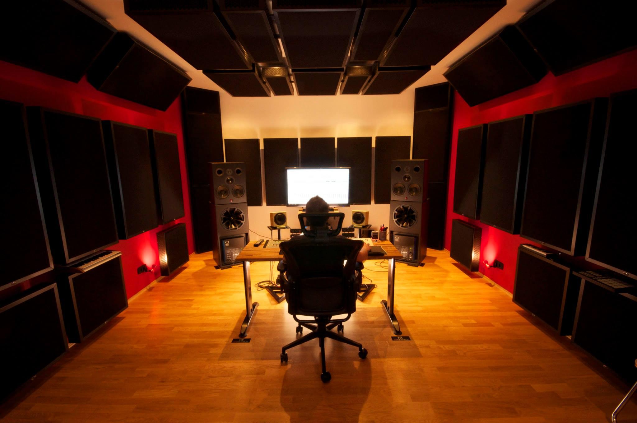 Studio DJ Mike Vale CR front.jpg