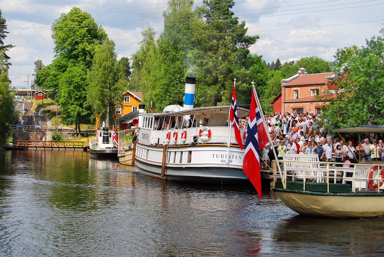 Feiring av DS Turisten sin hjemkomsten til Ørje og ved dampskipsmiljøet ved Haldenvassragets Kanlmuseum og Ørje sluser. Foto: Beateus