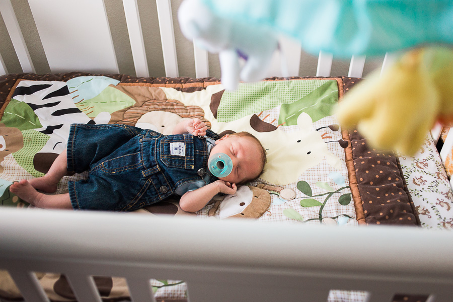 Bright Newborn Lifestyle Home Family and Rustic Barn Outdoors - allyourheartphotography.com - killeen fort hood family photographer-8.jpg