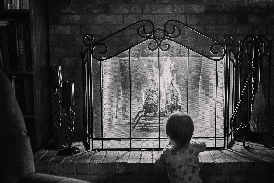 christmas fireplace family child toddler - allyourheartphotography.com