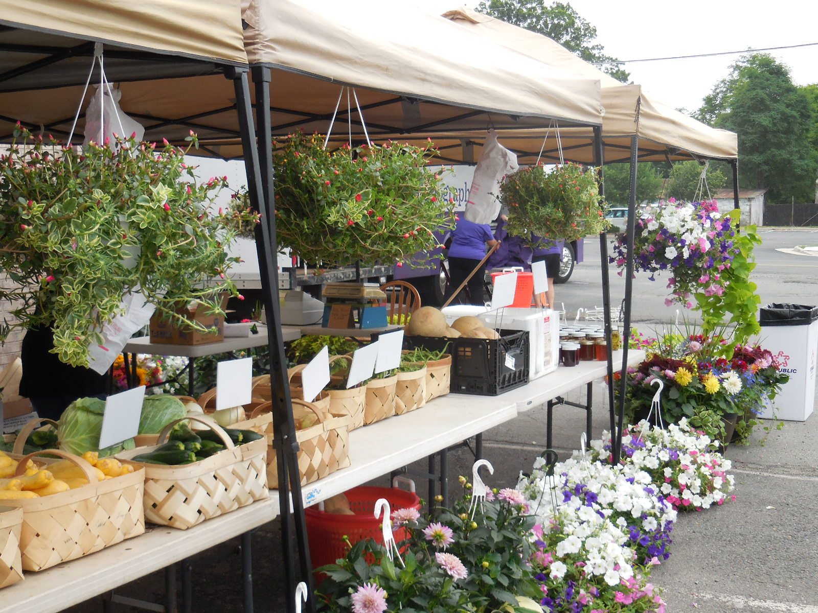 The weekly farmers market provides residents with fresh, healthy food.