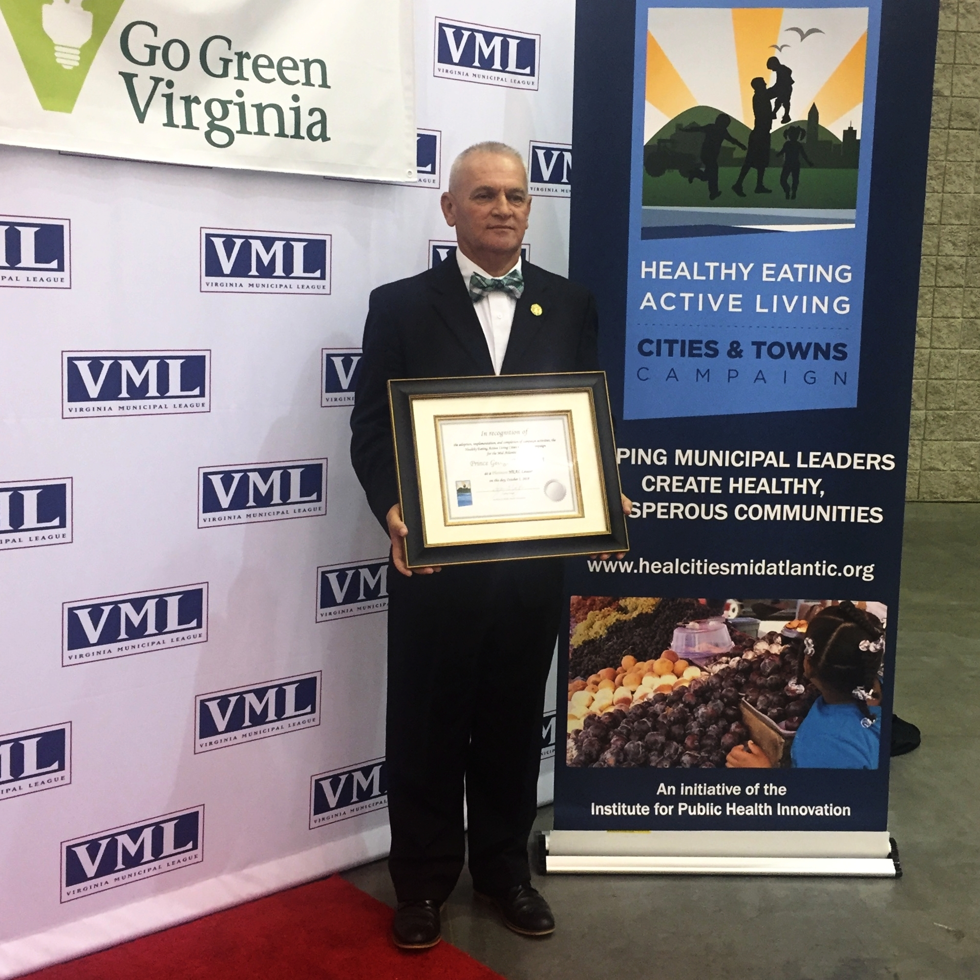 Featured above: Prince George County receiving Platinum recognition at the 2018 Virginia Municipal League Conference in Hampton, Virginia.