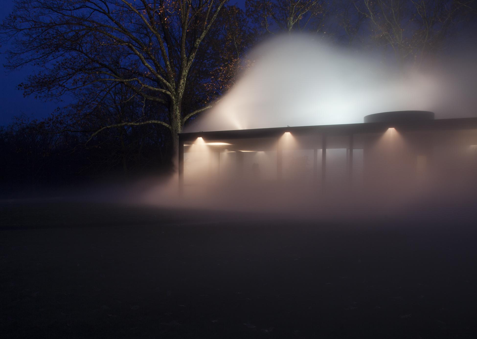 GlassHouse_Fog_1254.jpg