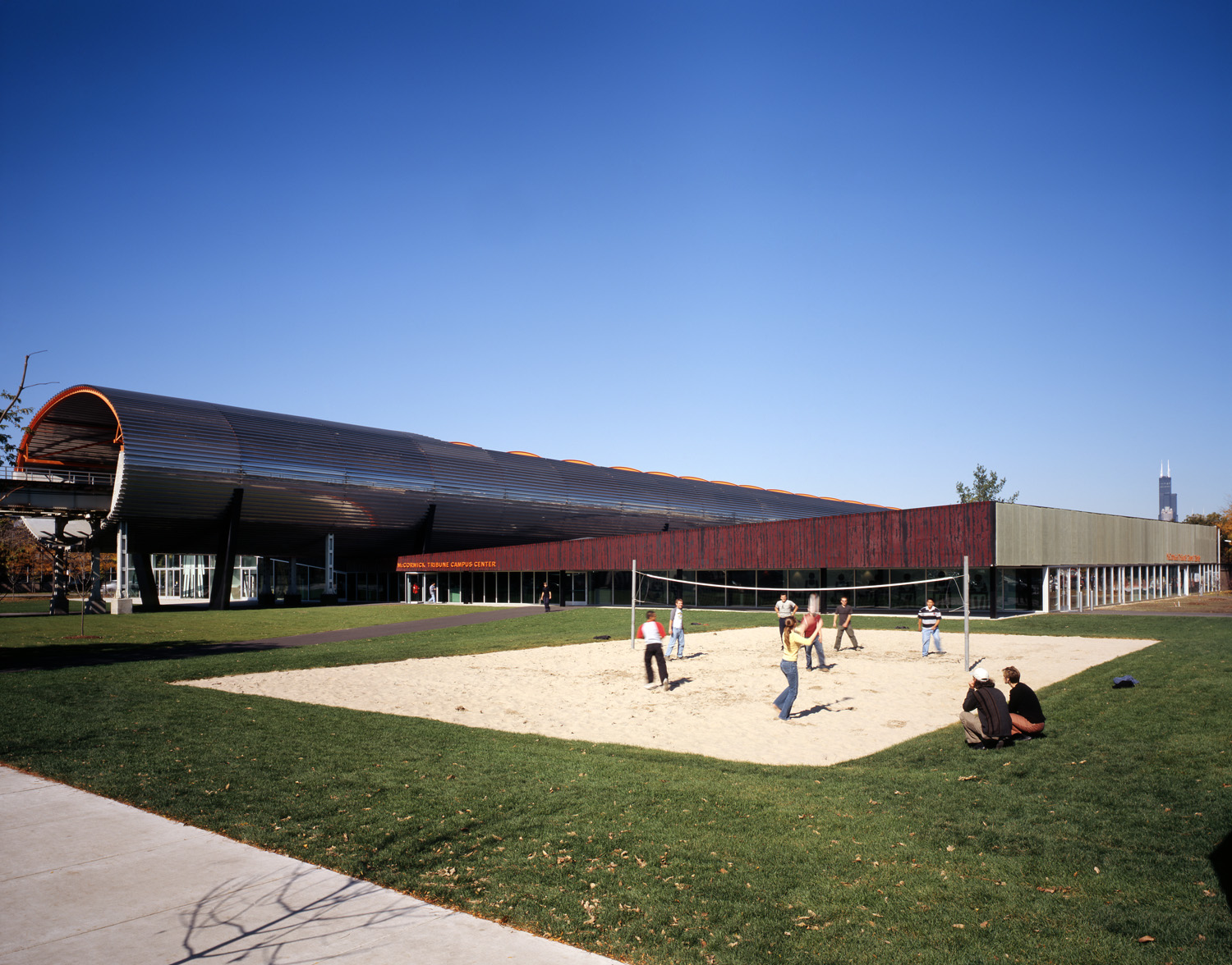 2004_illinoistech_film_012.jpg