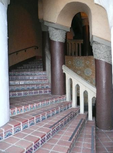 HISTORIC COURTHOUSE WINDING STAIRCASE