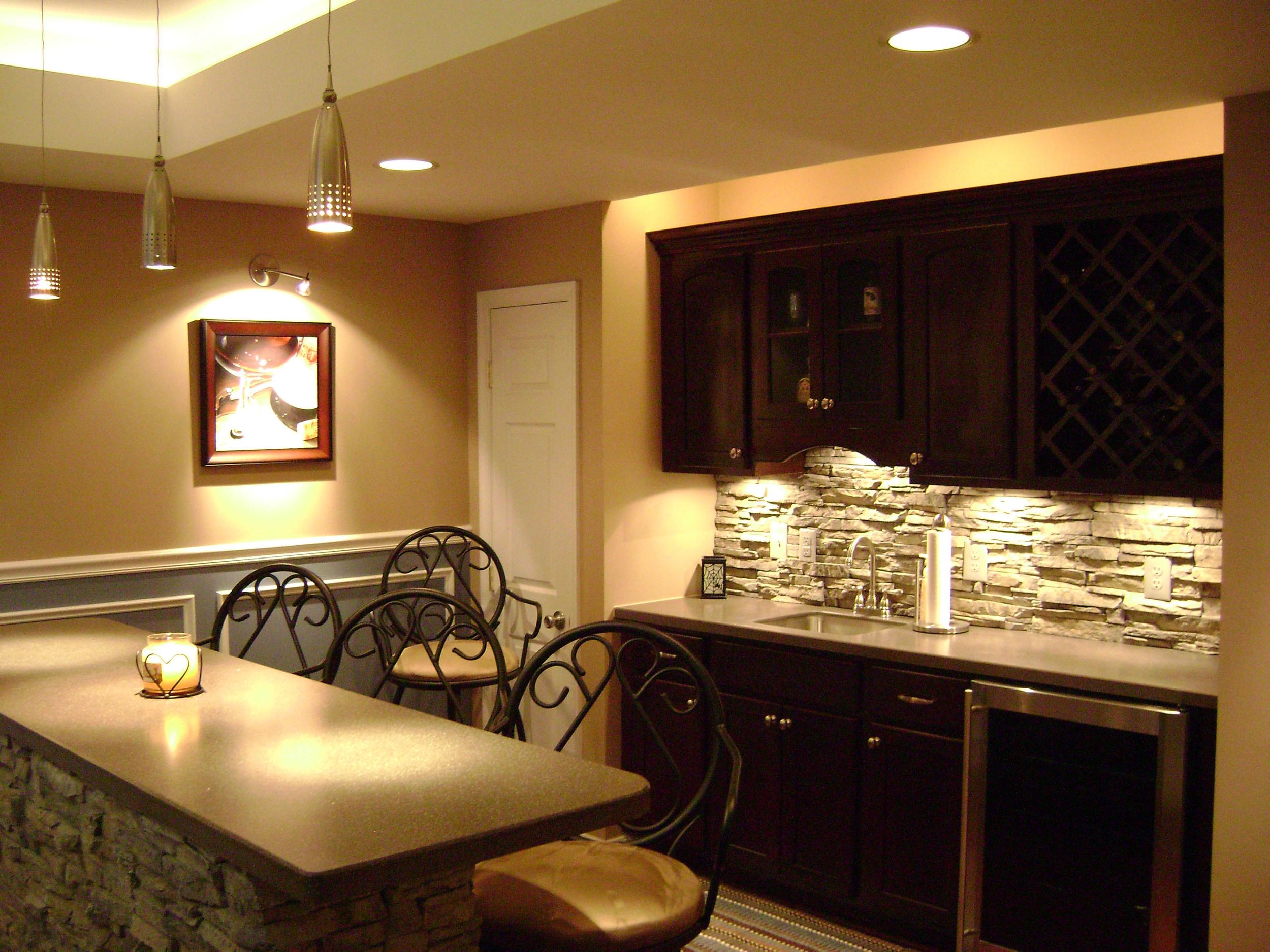 Garrett Residence Bar.jpg