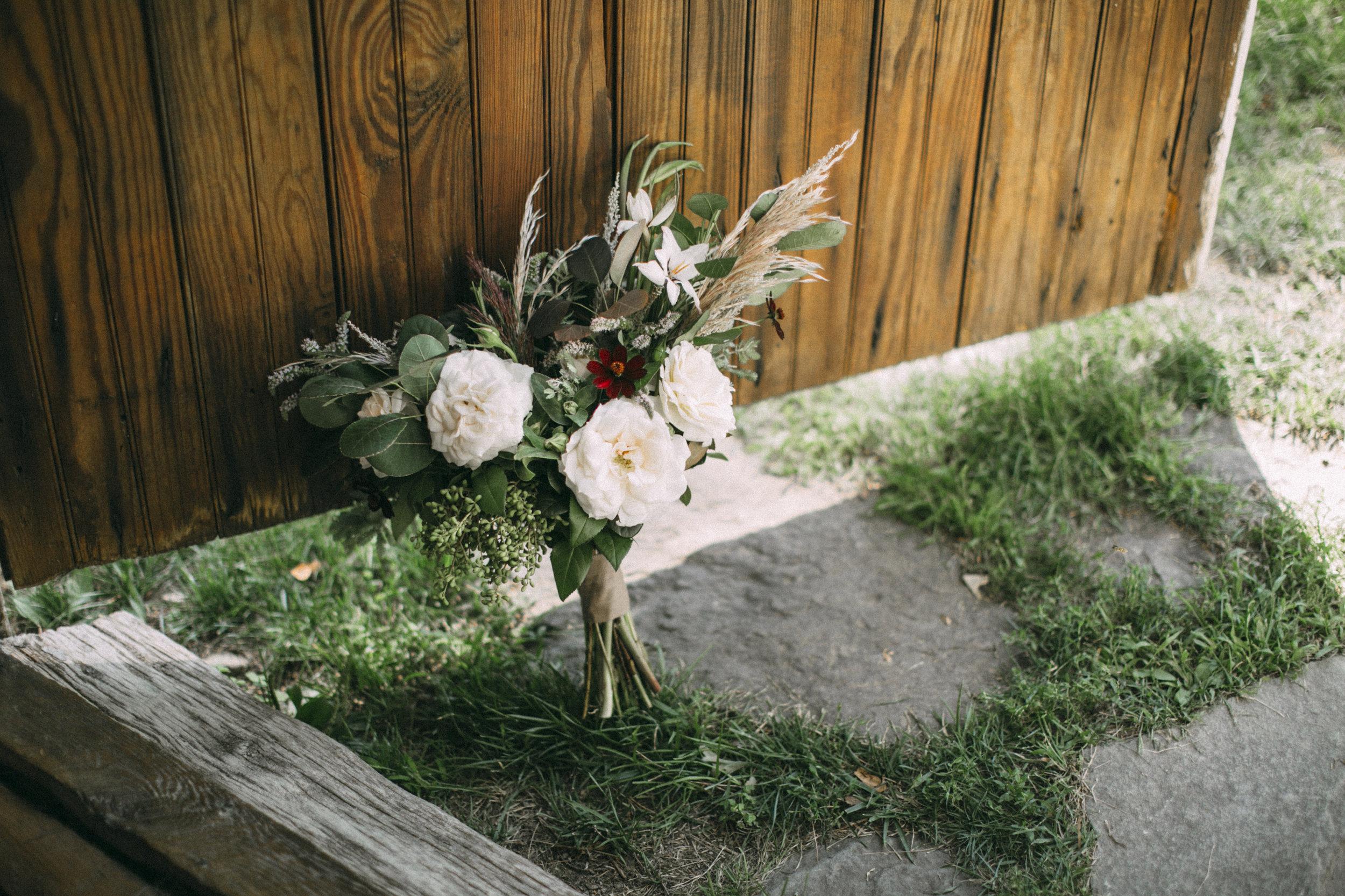 Em_and_Ax_00_wedding-050.jpg