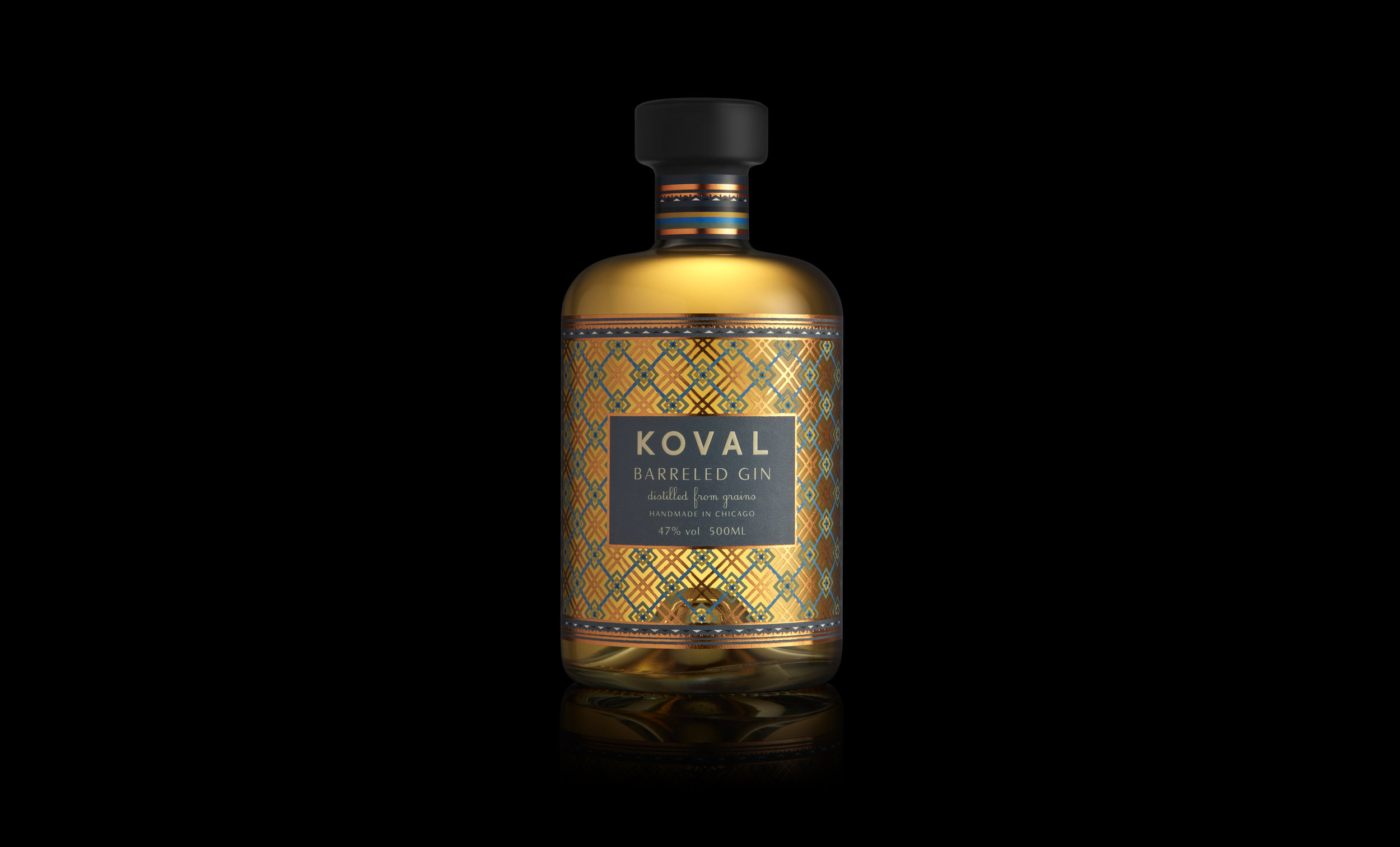KOVAL_500ml_BarrellGin_OnBlack_F_V2.jpg