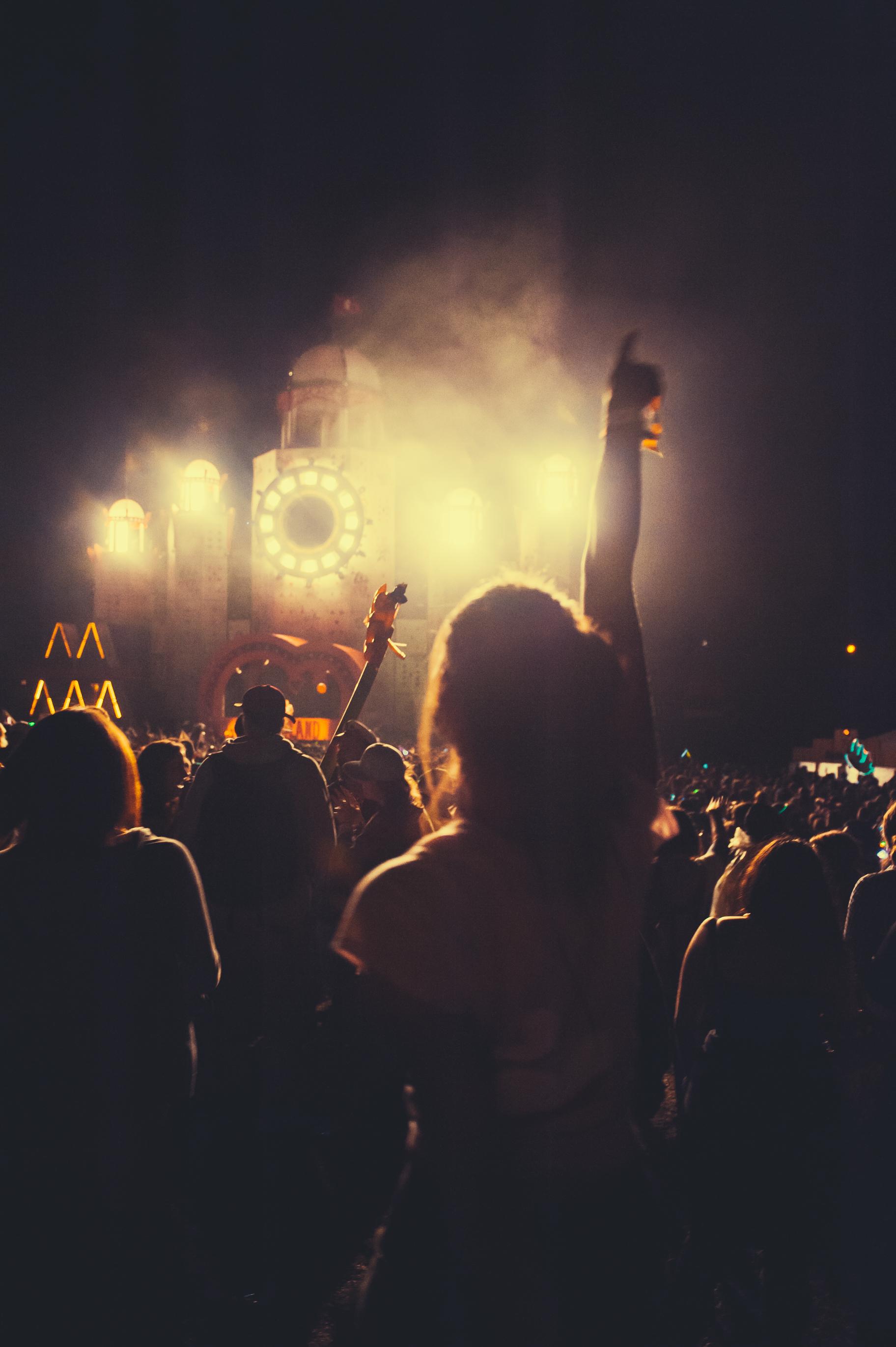 JACKIELEE_ML-187-Crowd&MusicMainstage.jpg