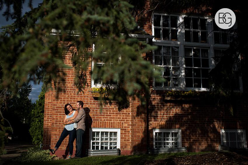 Engagement_photos_edmonton_river_valley_brick_puppy_amy_darren_004.jpg