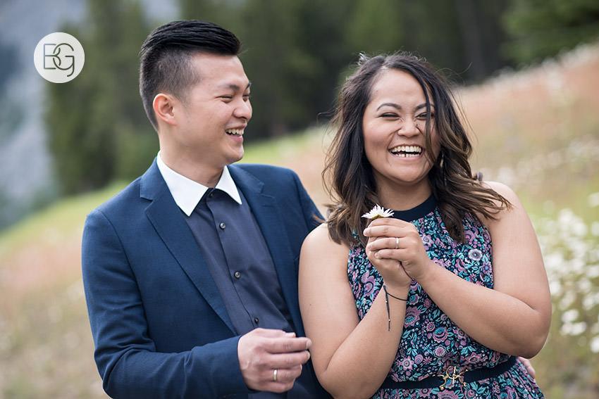 Banff_wedding_photographers_engagement_AngelaWandy_12.jpg