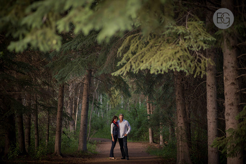 Edmonton_wedding_photographer_deborah_terry_engagement_couples_02.jpg