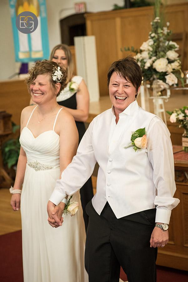 Edmonton_gay_wedding_lgbtq_lesbian_Jenn_Tracy_08.jpg