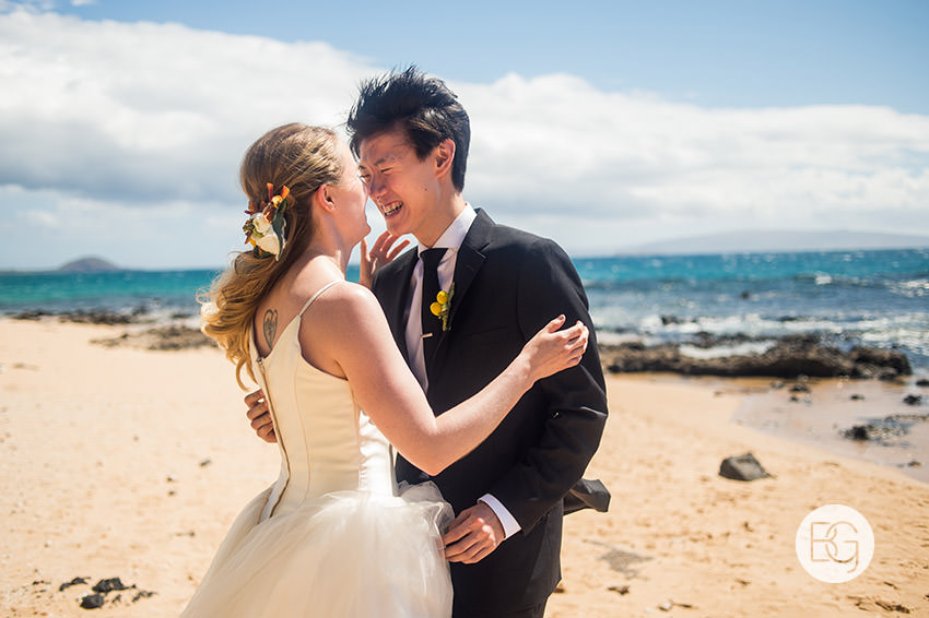 destination_wedding_photographer_hawaii_edmonton_maui_kristarandor_14.jpg