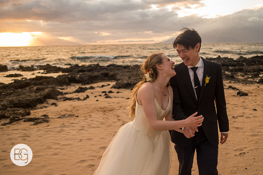 destination_wedding_photographer_hawaii_edmonton_maui_kristarandor_32.jpg