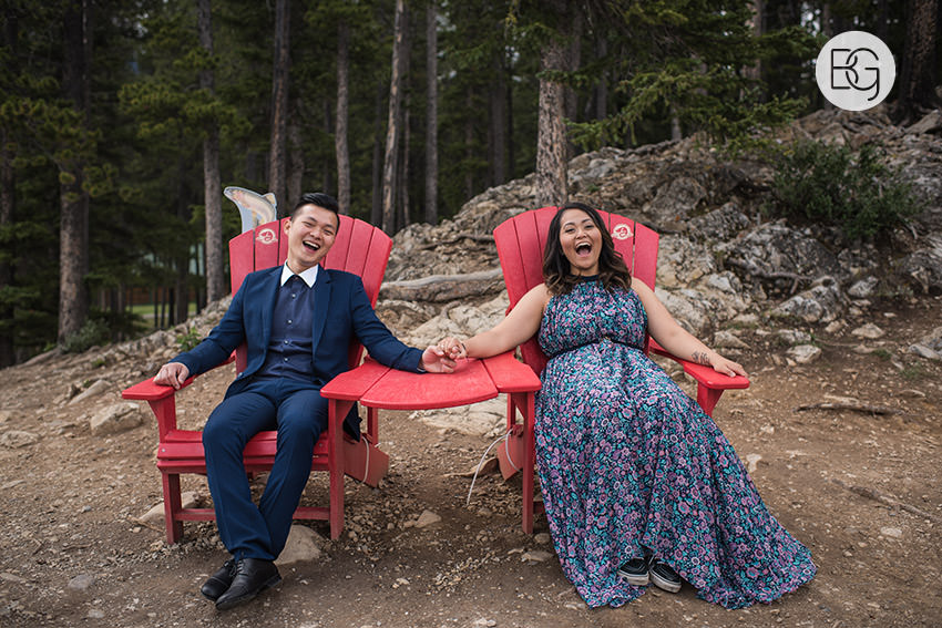 Banff_wedding_photographers_engagement_AngelaWandy_10.jpg