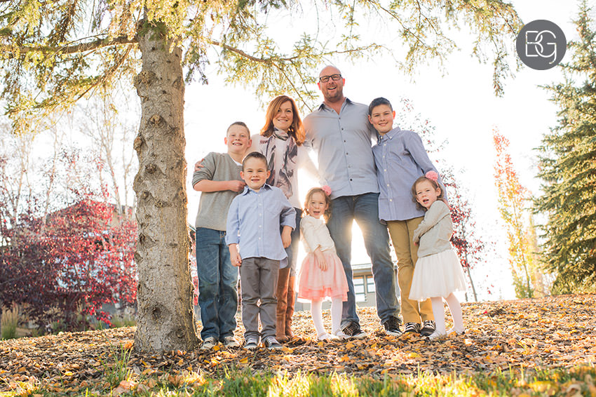 Edmonton_Family_photographer_twins_robinson_autumn_fun_01.jpg