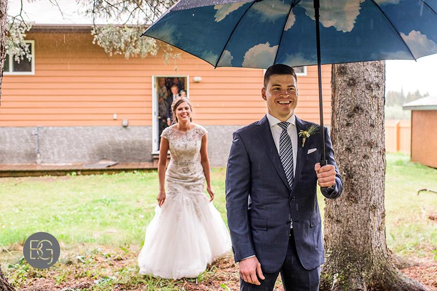 canmore-banff-wedding-photographers-kat-aaron-summer-camp-wedding-rain-09.jpg