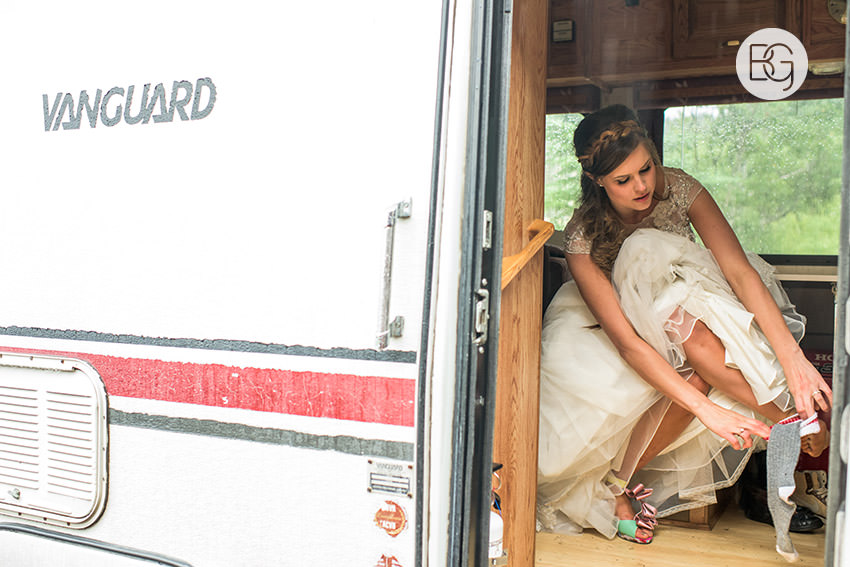 canmore-banff-wedding-photographers-kat-aaron-summer-camp-wedding-rain-27.jpg
