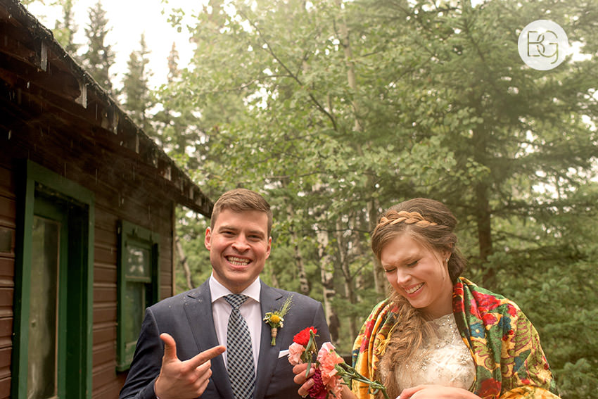 canmore-banff-wedding-photographers-kat-aaron-summer-camp-wedding-rain-34.jpg