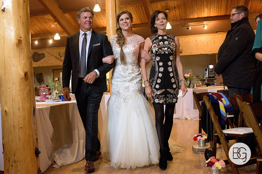 canmore-banff-wedding-photographers-kat-aaron-summer-camp-wedding-rain-17.jpg